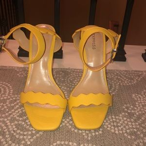 6be6afe36837 Express Shoes - Express Yellow Square Toe Scalloped Heeled Sandal